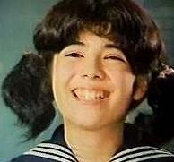 キャロライン洋子.jpg